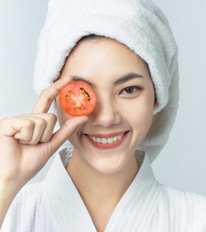 three DIY Tomato face masks to get a naturally glowing pores and skin